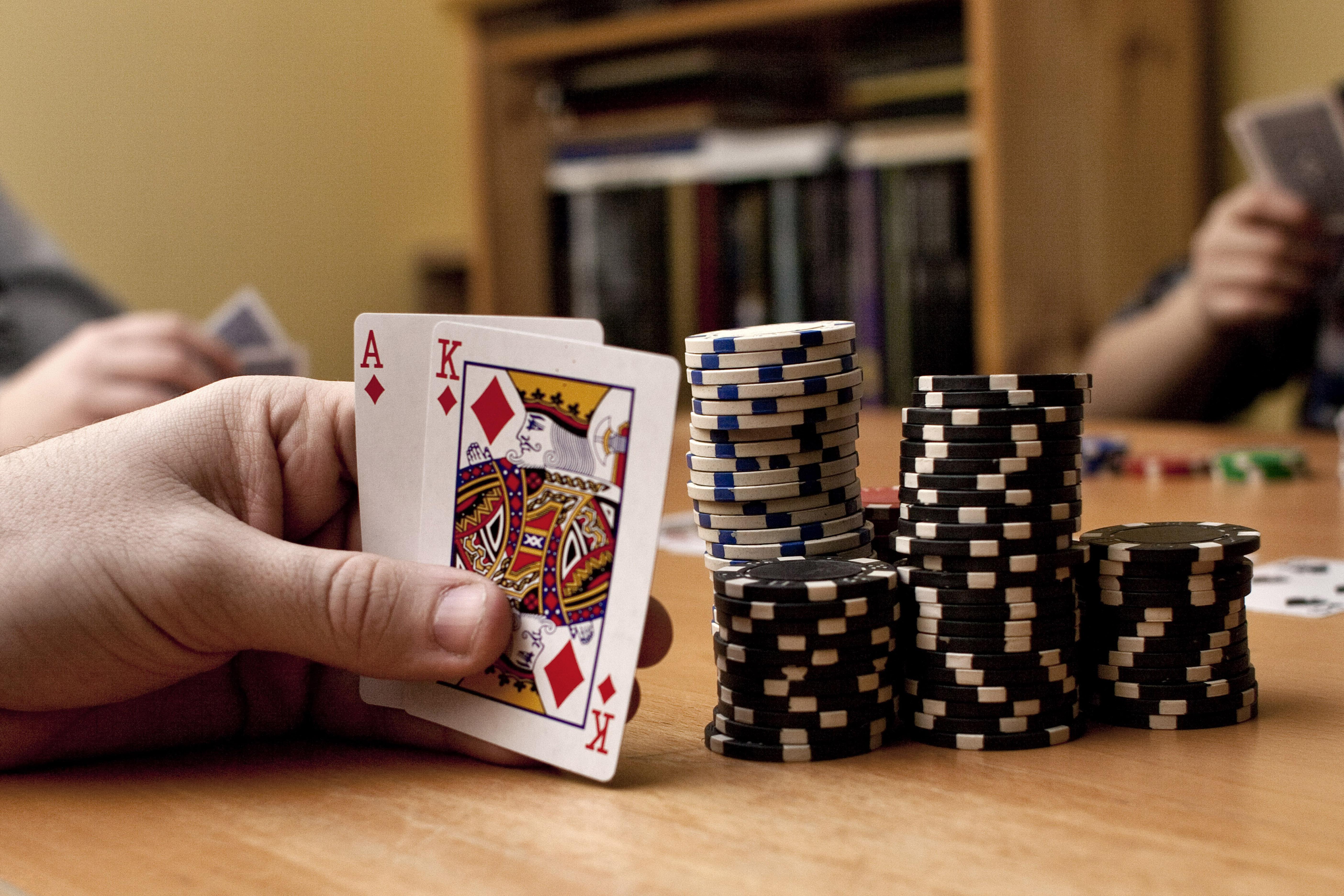 K-W exports poker stars