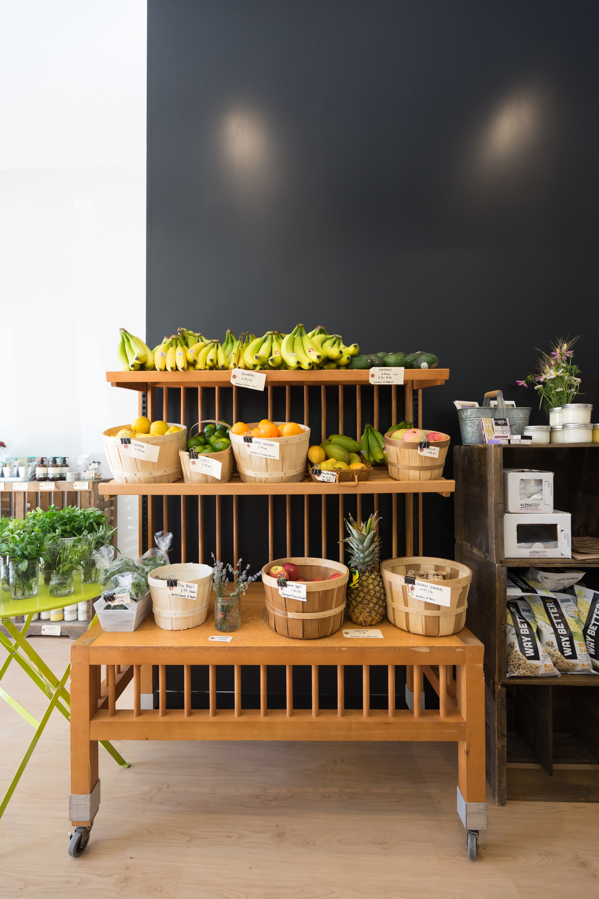 """b5d8c89d1063 Dolson described her business as a """"green grocer,"""" a term more familiar in  Europe, denoting a small independent grocer that focuses on providing local  ..."""